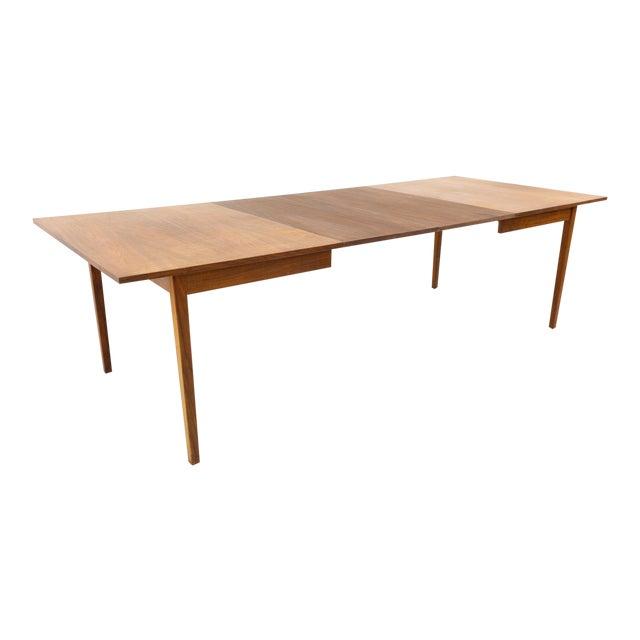 Mid Century Modern Dillingham Espirit Dining Table For Sale