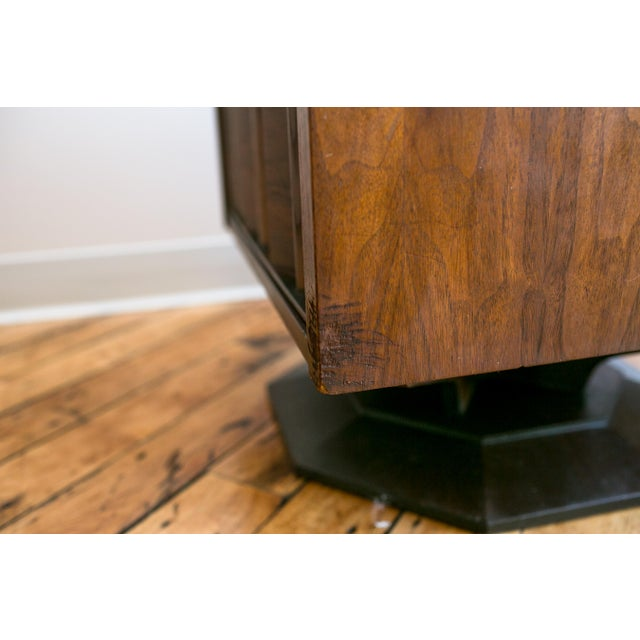 Paul Evans Style Mid-Century Brutalist Pedestal Night Stands- A Pair - Image 6 of 9