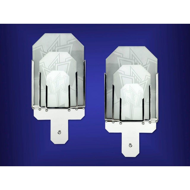 Art Deco Pair of Frosted Glass Art Deco Sconces For Sale - Image 3 of 4