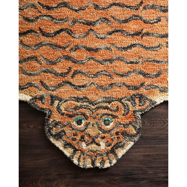 "Loloi Rugs Justina Blakeney X Loloi Rugs Feroz Rug, Tangerine - 4'0""x6'0"" For Sale - Image 4 of 6"