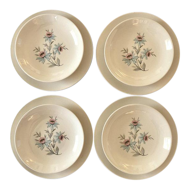 Mid-Century Modern Pink u0026 Blue Floral Plates - Set of 8  sc 1 st  Chairish & Mid-Century Modern Pink u0026 Blue Floral Plates - Set of 8 | Chairish
