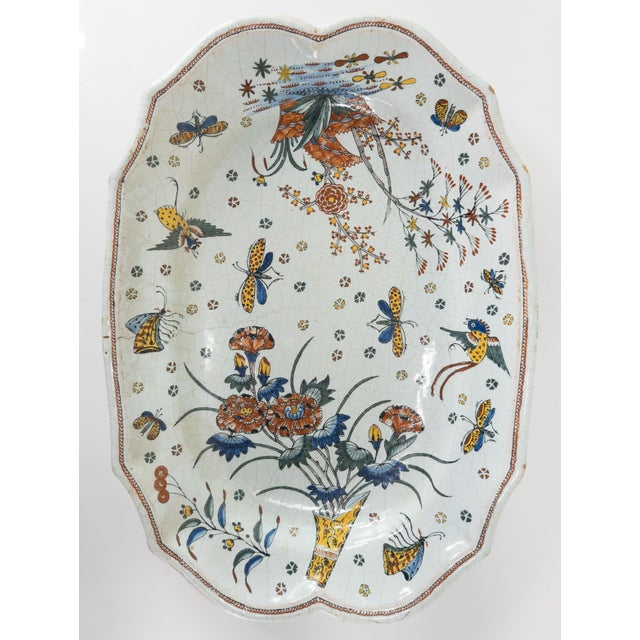 French or Dutch Faience Delft Polychrome Chinoiserie Platter For Sale - Image 10 of 10