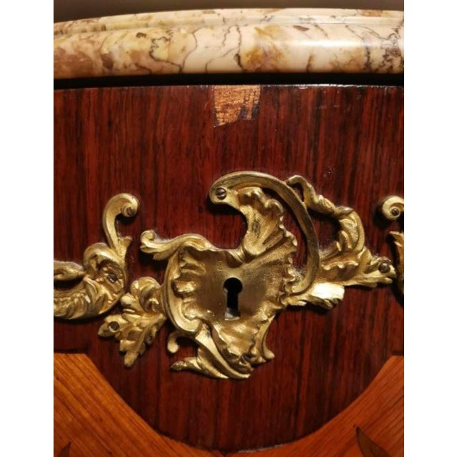 Ormolu Mounted Tulipwood and Amaranth Marquetry Commode For Sale - Image 11 of 13