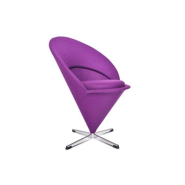 Verner Panton Verner Panton Swivel Cone Chair in Purple Wool For Sale - Image 4 of 10