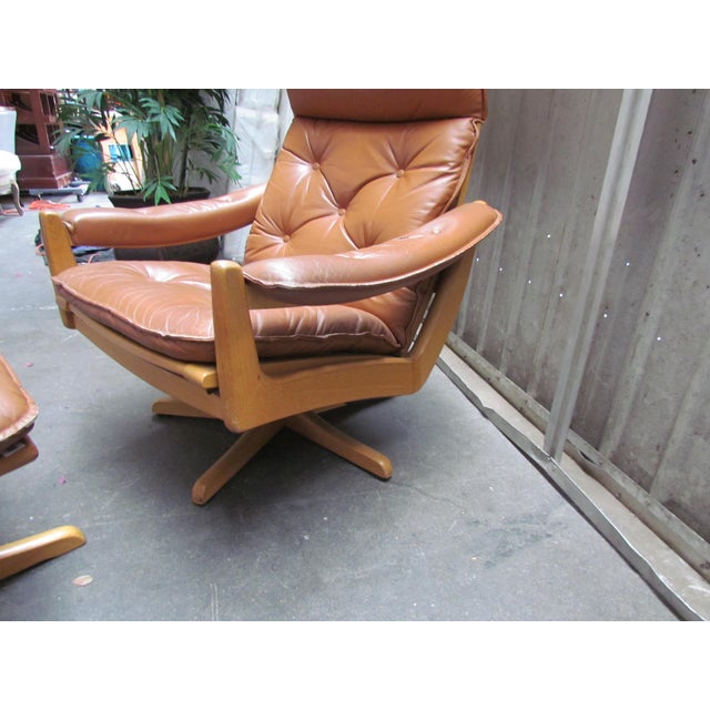 Lied Mobler Mid-Century Leather Recliner Chair & Ottoman - Image 8 of 9