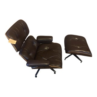 1970s Herman Miller Eames Lounge Chair and Ottoman-A Pair For Sale