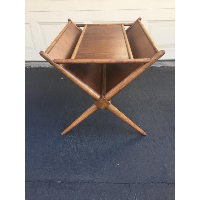 Mid-Century Modern 1960s Mid-Century Modern t.h. Robsjohn-Gibbings for Widdicomb Walnut X Frame Magazine Table For Sale - Image 3 of 12