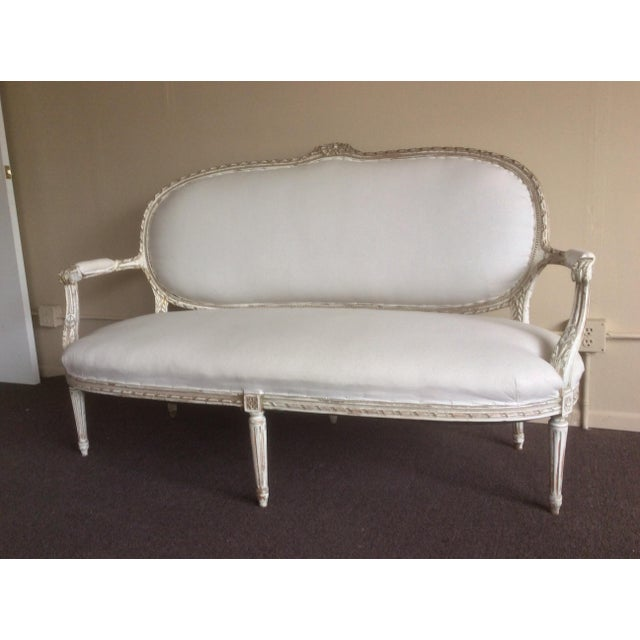 Antique French Settee With Worn White Painted Finish For Sale - Image 10 of 12