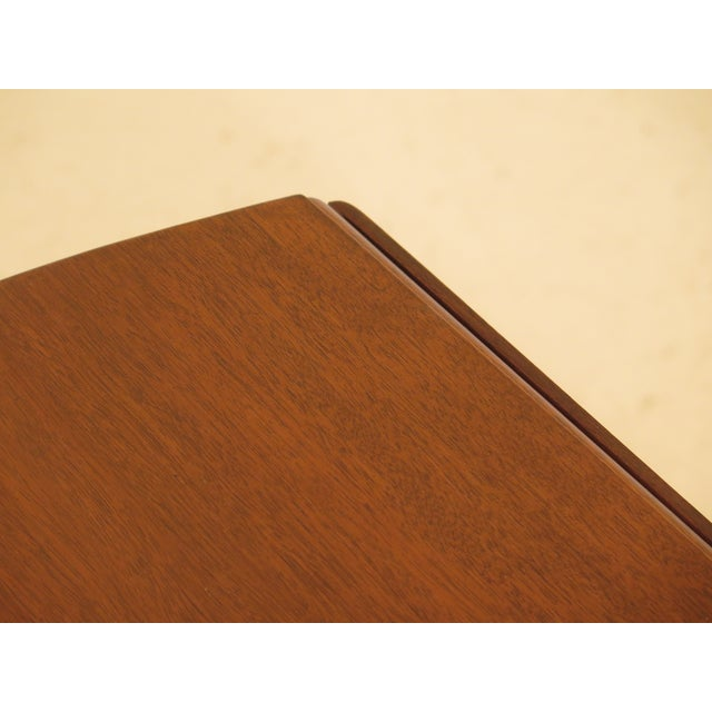 1940s Federal Kittinger Colonial Williamsburg Mahogany Pembroke Table For Sale - Image 11 of 13