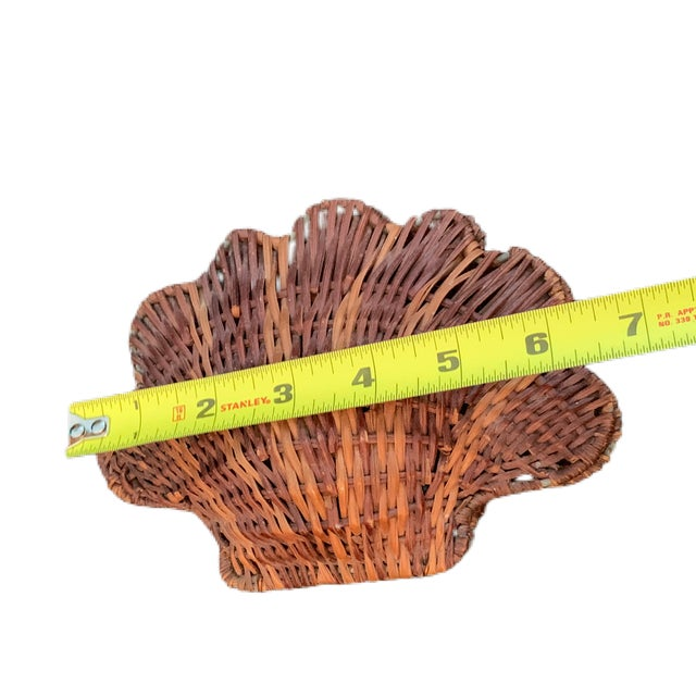 Mid 20th Century Vintage Rattan Clam Shell Hinged Container For Sale - Image 5 of 6
