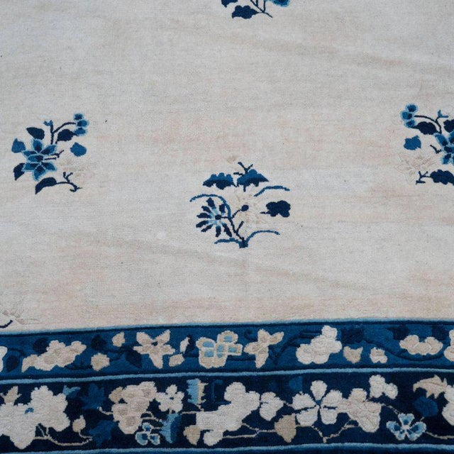 Silk Large Scale Chinese Art Deco Rug in Cream and Navy with Floral Motifs For Sale - Image 7 of 10