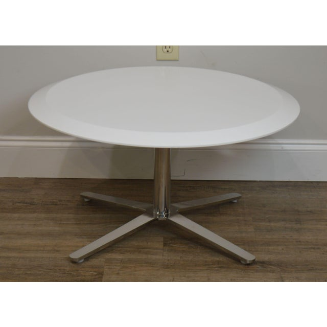 2010s Cumberland Mid-Century Modern Style Pair Chrome Pedestal Base Round White Tables For Sale - Image 5 of 12
