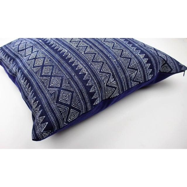 Hmong Zigzag Indigo Batik Handmade Pillow Cover - Image 5 of 6