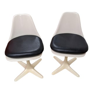 1960s Mod Burke Propeller Chairs - a Pair For Sale