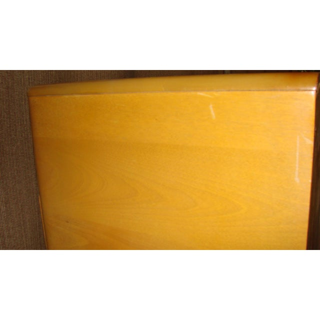 Heywood Wakefield Mid-Century Chest of Drawer For Sale - Image 5 of 11