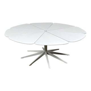 1960s Mid-Century Modern Richard Schultz for Knoll Petal Coffee Table For Sale