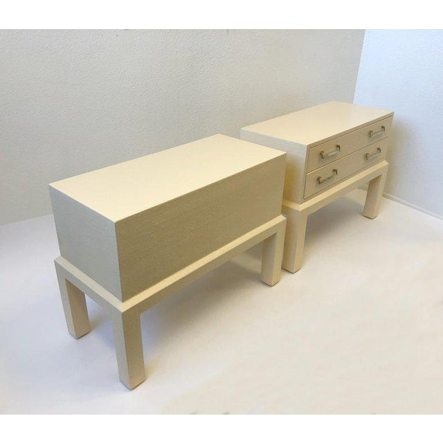Steve Chase Pair of Brass and Lacquered Two Drawers Nightstands by Steve Chase For Sale - Image 4 of 7