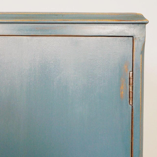 1940s Cottage Blue Gentleman's Chest For Sale In Atlanta - Image 6 of 8