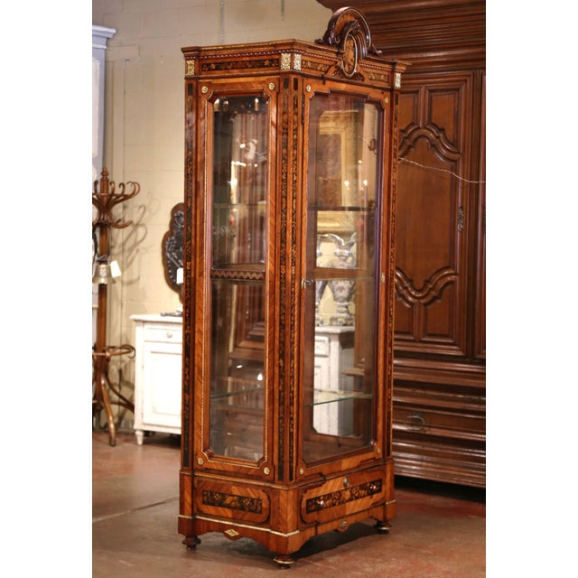 Brown 19th Century French Louis XVI Walnut Marquetry Vitrine With Glass Sides and Door For Sale - Image 8 of 13