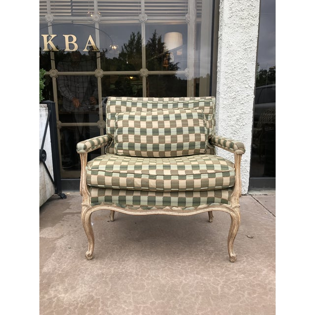 Vintage pair of bergeres chairs in excellent condition.