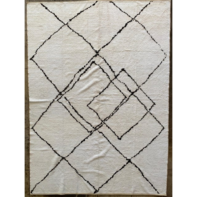 """2020s Morrocan Style Hemp Black & White Rug - 12' X 8' 8"""" For Sale - Image 5 of 5"""