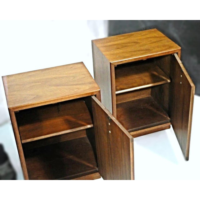 Mid-Century Modern Walnut Nightstands - A Pair For Sale - Image 5 of 9