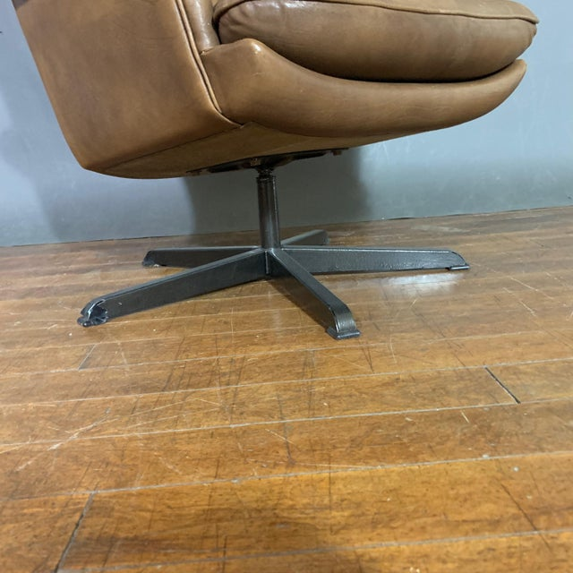Brown Pair Scandinavian Deep-Buttoned Leather Swivel Chairs, 1970s For Sale - Image 8 of 11