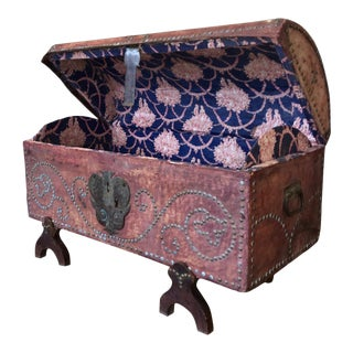 Late 18th-Early 19th Century French Provincial Dowry Chest, Toile De Jouy Lined For Sale