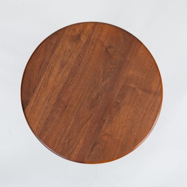 Wood 1950s Walnut Round Side Table by Arthur Umanoff for Washington Woodcraft For Sale - Image 7 of 10