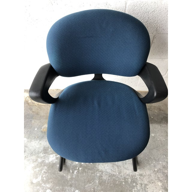 Vintage 1990s Herman Miller Avian Sled Base Side Chairs (A Pair) For Sale - Image 9 of 13
