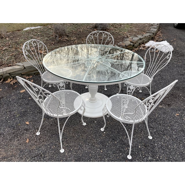 Vintage Woodard Round Dining Table and Chairs -Set of 6 For Sale - Image 13 of 13