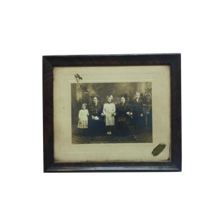 """Vintage Framed & Mounted Black & White Photograph, """"Family"""", Circa 1910 For Sale"""