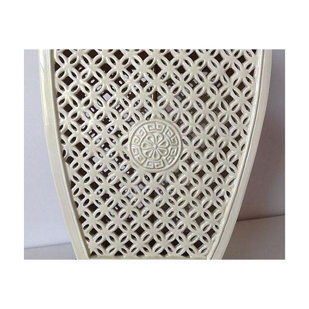 Porcelain Chinoiserie Lamp on Wood Base - Image 7 of 7