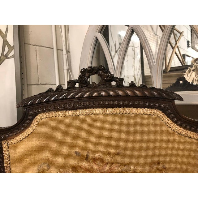French French Louis XVI Carved Oak Fireplace Screen For Sale - Image 3 of 7
