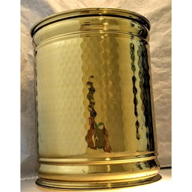 Vintage Hollywood Regency Hammered Brass Planter - Image 2 of 5
