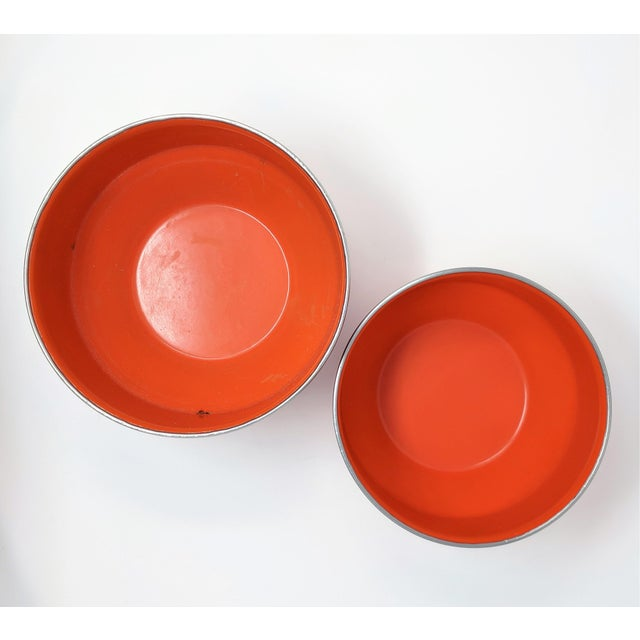 Mid 20th Century Vintage Red Enameled Metal Nesting Bowls -A Pair For Sale - Image 5 of 8