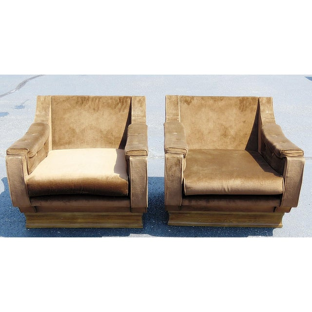 Italian Pair of Mid-Century Modern Oversized Lounge Chairs For Sale - Image 3 of 11