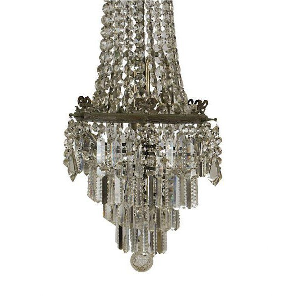 Belle Epoque 1900 French Belle Epoque Cut Crystal Pendant For Sale - Image 3 of 4