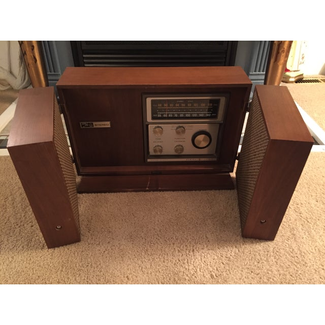Mid-Century General Electric Folding Speaker Radio - Image 6 of 7