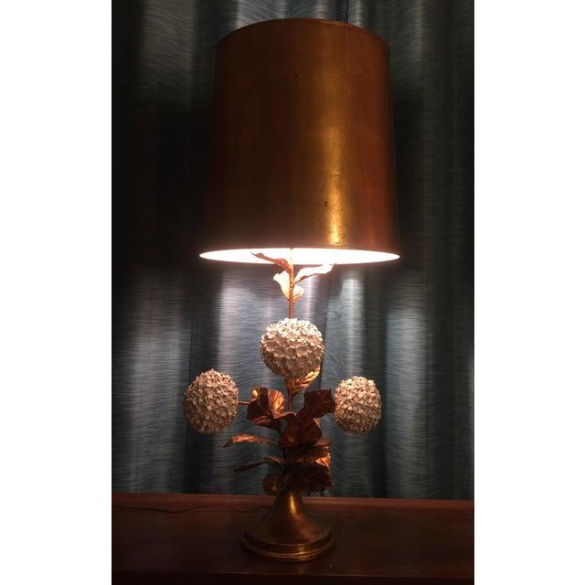 Italian Hydrangea Tole Table Lamp For Sale - Image 4 of 11