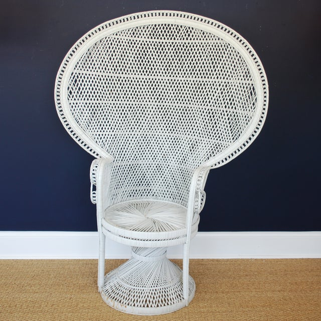 Vintage Mid-Century White Peacock Chair - Image 2 of 4