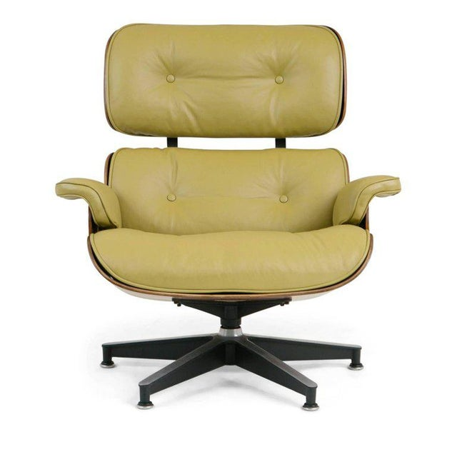 Mid-Century Modern Early Production Model 670/671 Lounge Chair & Ottoman by Charles & Ray Eames For Sale - Image 3 of 13
