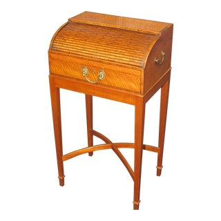 18th C. English Writing Desk For Sale