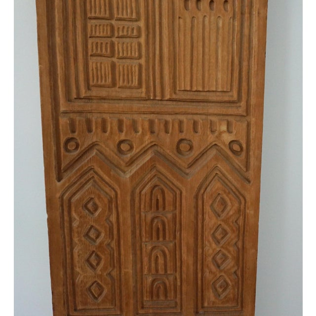 "Panelcarve ""Pallas"" - 1960s Wood Carving Panel for Panelcarve For Sale - Image 4 of 4"