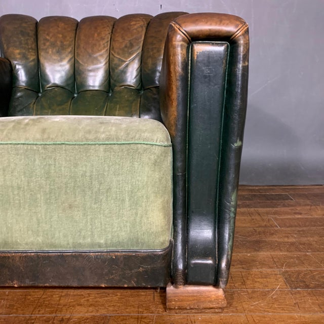 French Art Deco Green Leather Club Chair, 1930s For Sale In New York - Image 6 of 12