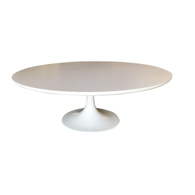 "41.5"" Round ""Tulip"" coffee table designed by Eero Saarinen and produced by Knoll International. Eero Saarinen (1910-1960)..."