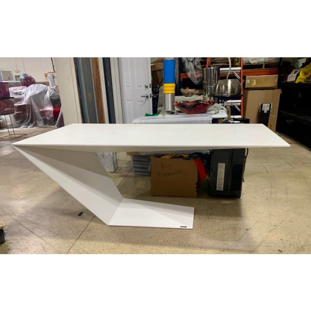 """Postmodern, matte-white lacquered Roche Bobois """"Furtif"""" writing desk, designed by Daniel Rode Cable hole included...."""