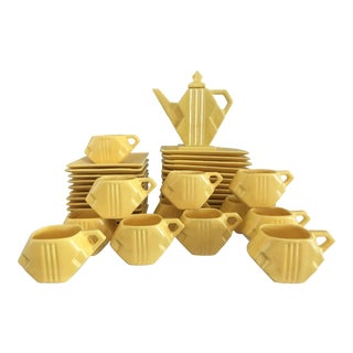 1920s Vintage Yellow Cubist Art Deco Dessert Set - Set of 37 For Sale