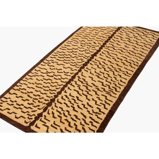 Brown and Tan Wool Tiger Area Rug-3′ × 6′ For Sale In New York - Image 6 of 7