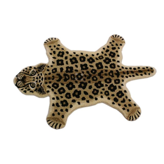Tan Contemporary Decorate Leopard Design Handcuffed Area Rug- 2′ × 3′ For Sale - Image 8 of 10